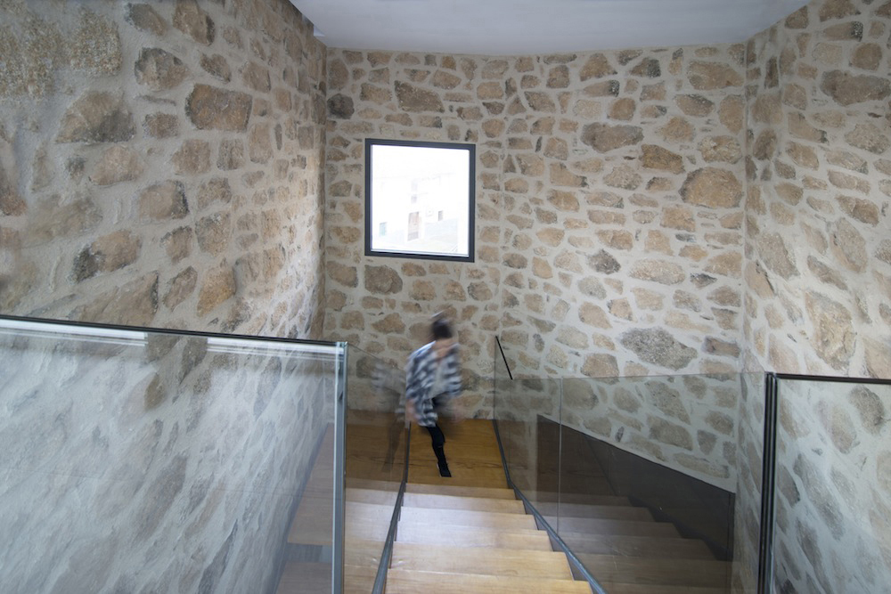 Stone House - Ramiro Losada-Amor - Alberto Garcia Jimenez 013.jpg