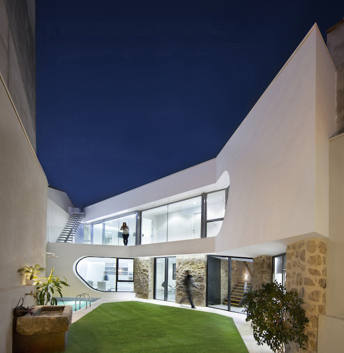 Stone House - Ramiro Losada-Amor - Alberto Garcia Jimenez 09.jpg