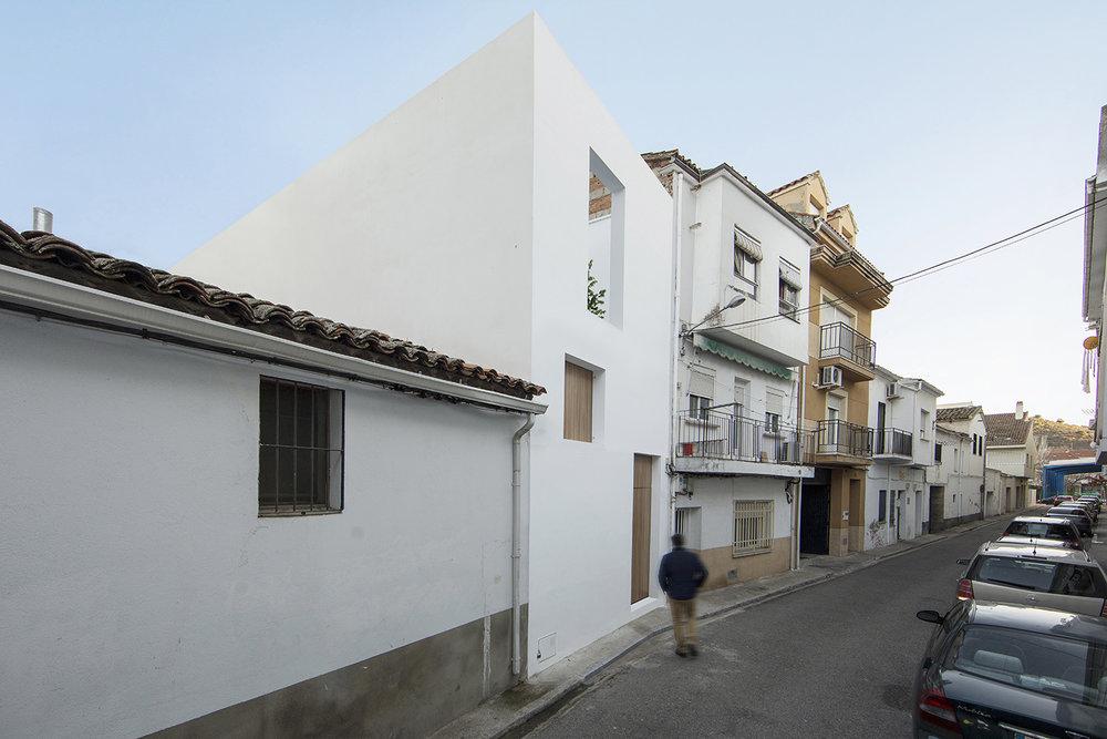 arquitectura moderna Caceres ramiro losada amor alberto garcia 09.jpg