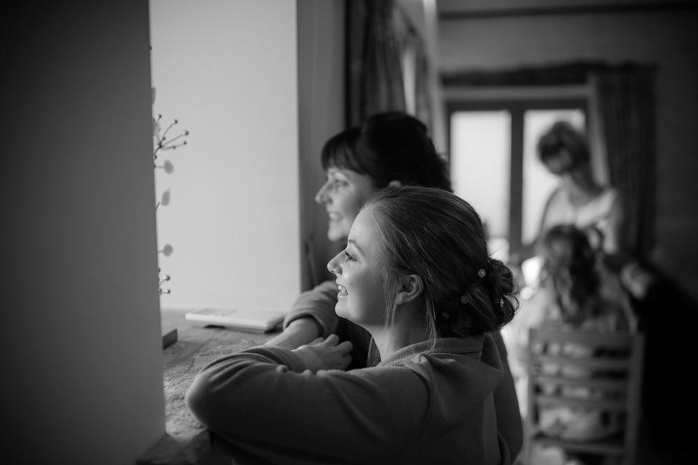 The beautiful wedding of Sara and Chris at Winkworth Farm