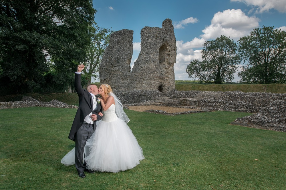 Ashley and Gavin - Ludgershall    David exceeded our expectations! He really captures the natural moments in photos. Made myself and my guests feel very comfortable. Lovely chap and would highly recommend him for any occasion.