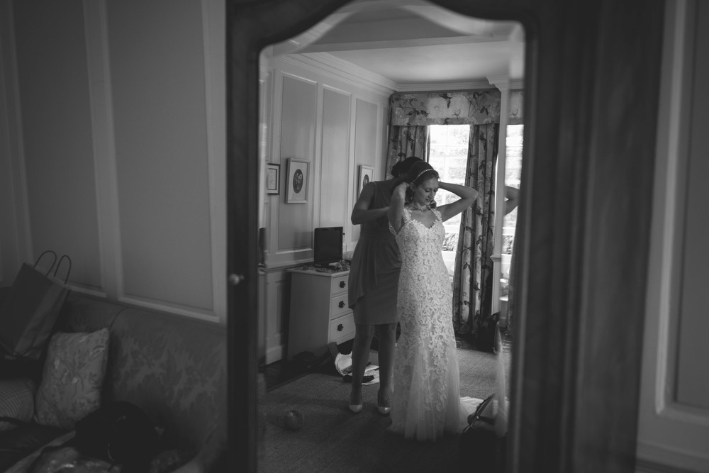 Tanya and Aaron Wiltshire wedding photography-13.jpg