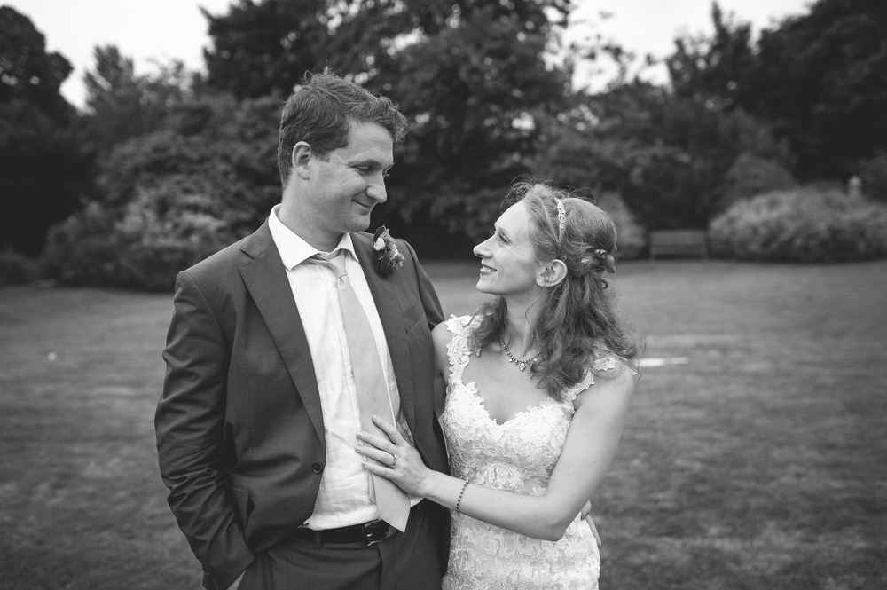 Tanya and Aaron Wiltshire wedding photography-228.jpg