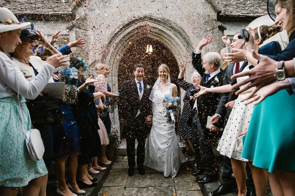 I just love the confetti shot, the more the better!!!!!