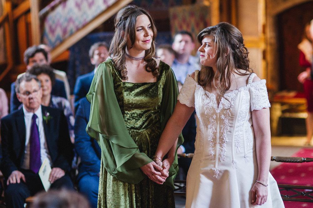 Medieval Hall Salisbury weddings-0021.jpg
