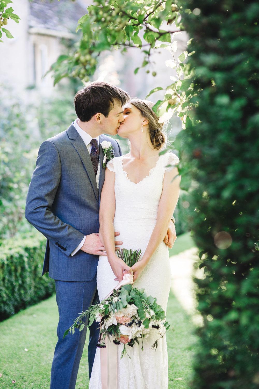 WIltshire weddings - Rachel and Chris (172 of 175).jpg