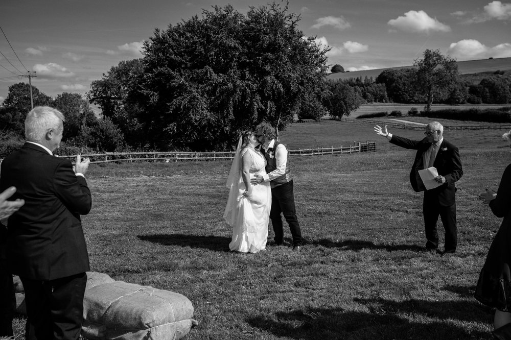 Bowerchalke Barn Salisbury Wedding photographer (75 of 214).jpg