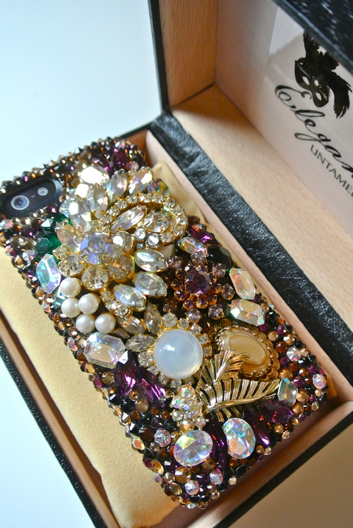 Alla-Swarovski-iphone5-case-9.5.13.jpg