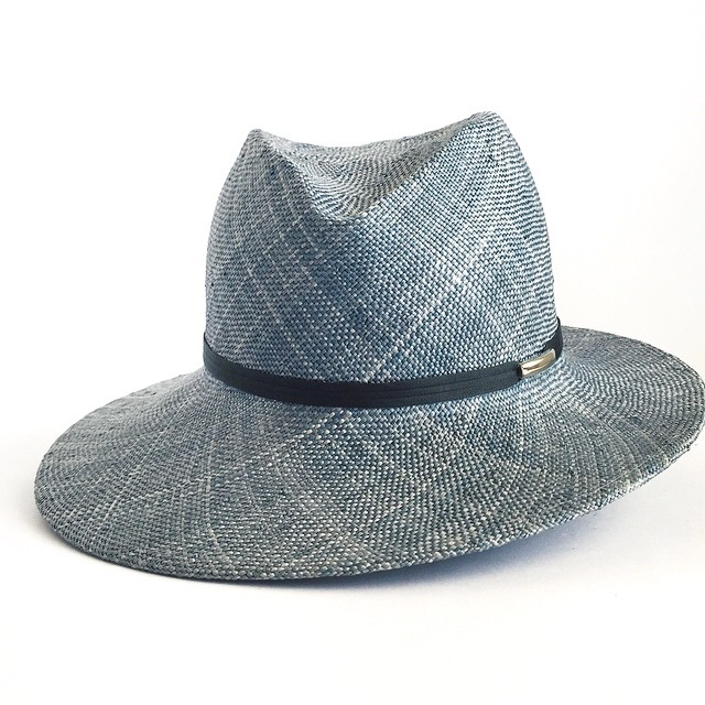 50 shades of Chambray 💙 Multicolor woven straw.   ______________________________________  #summer #summerhat #sunhat #summertime #summerstyle #SS15 #beachhat #beachstyle #Handmade #LosAngeles #unahats #denim #chambray