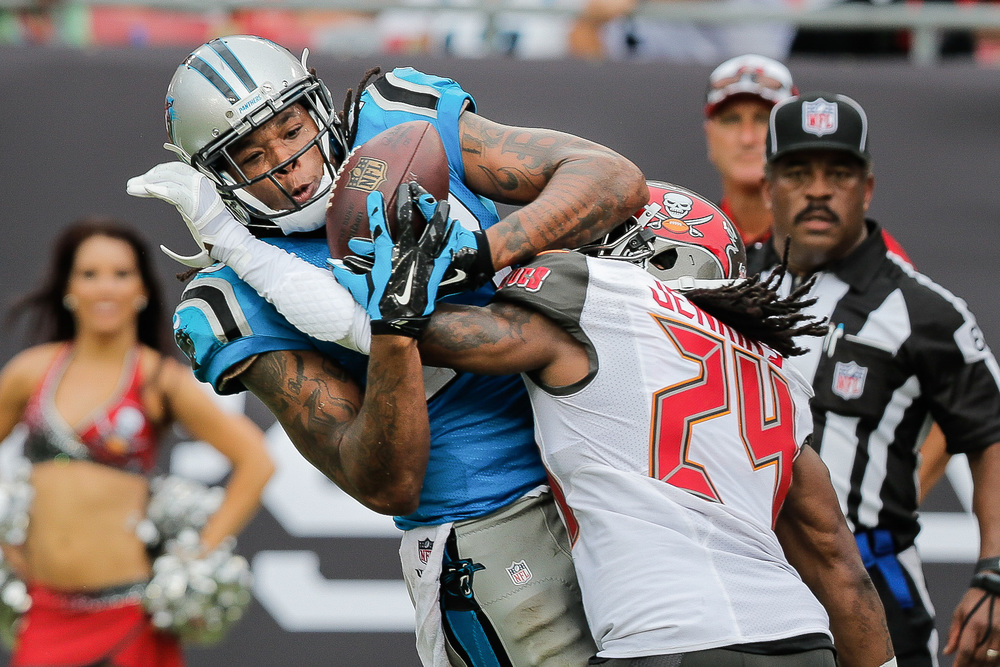 Bucs vs Panthers - 1031.jpg