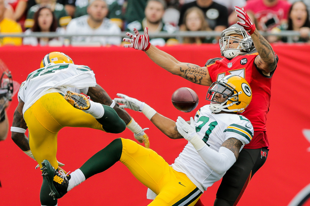 Bucs vs Packers - 0869a.jpg