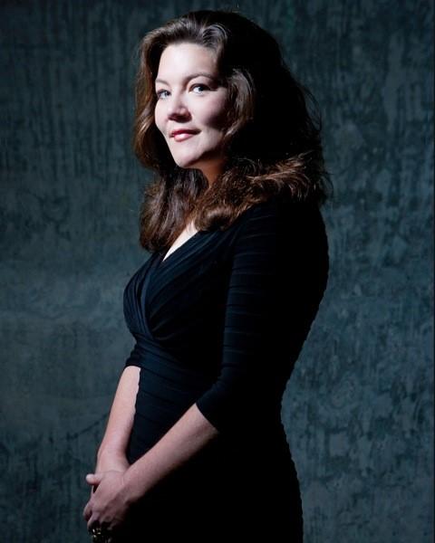 Vocalist Jeannette d'Armand.