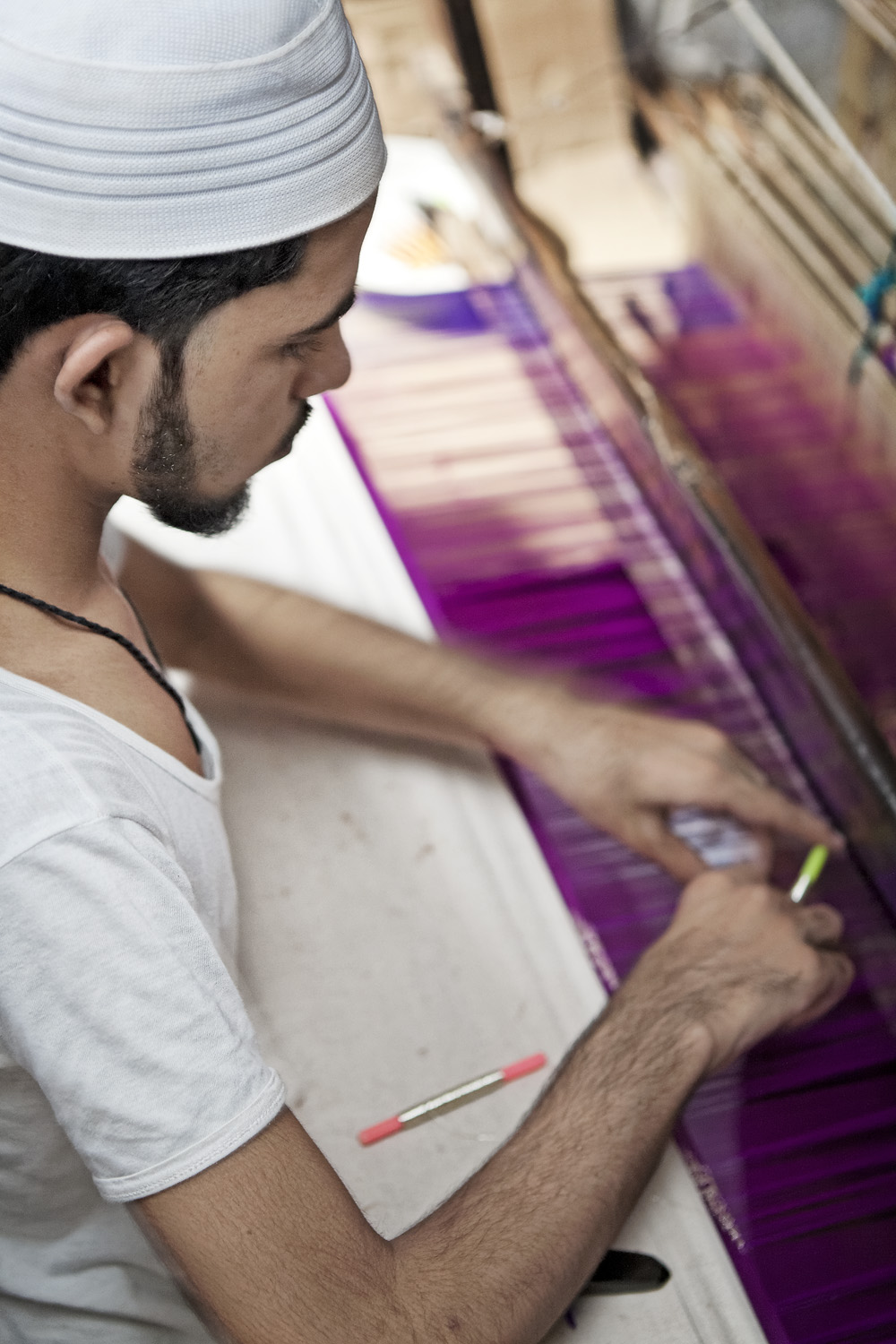 Weaving at the loom, Varanasi