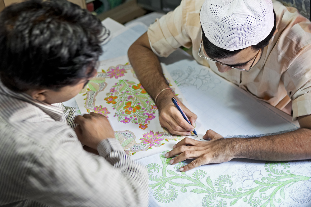 Designing the next Sari pattern, Varanasi