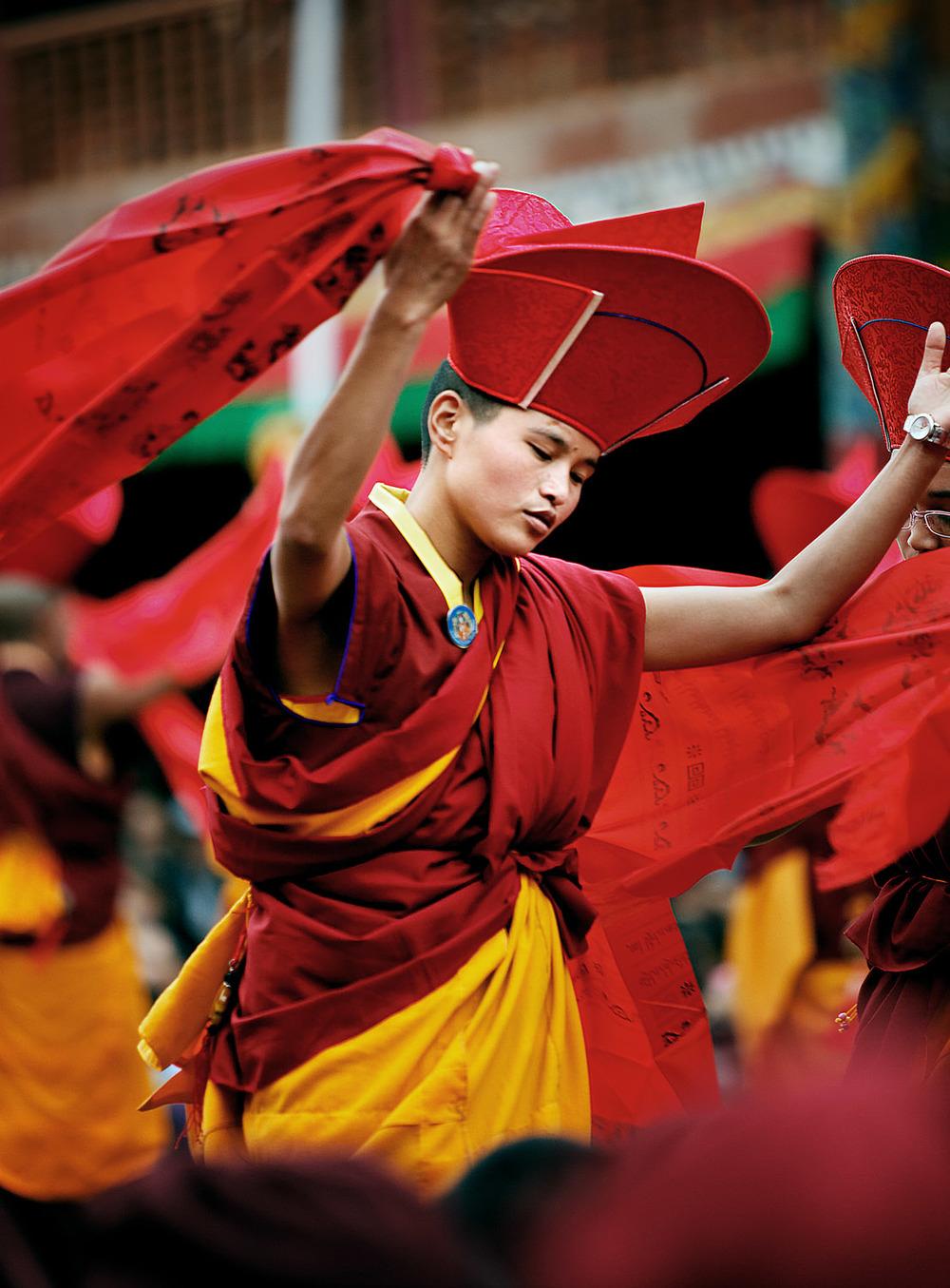 Nuns dancing, Hemis Monastery