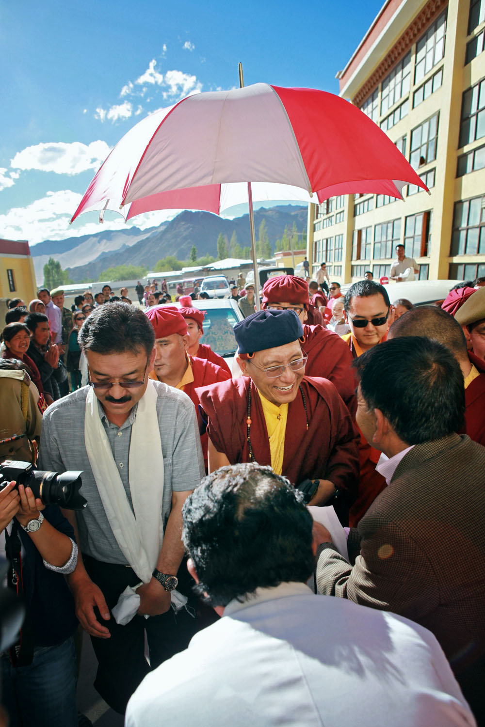 H.H. arriving at Leh Hospital, Ladakh