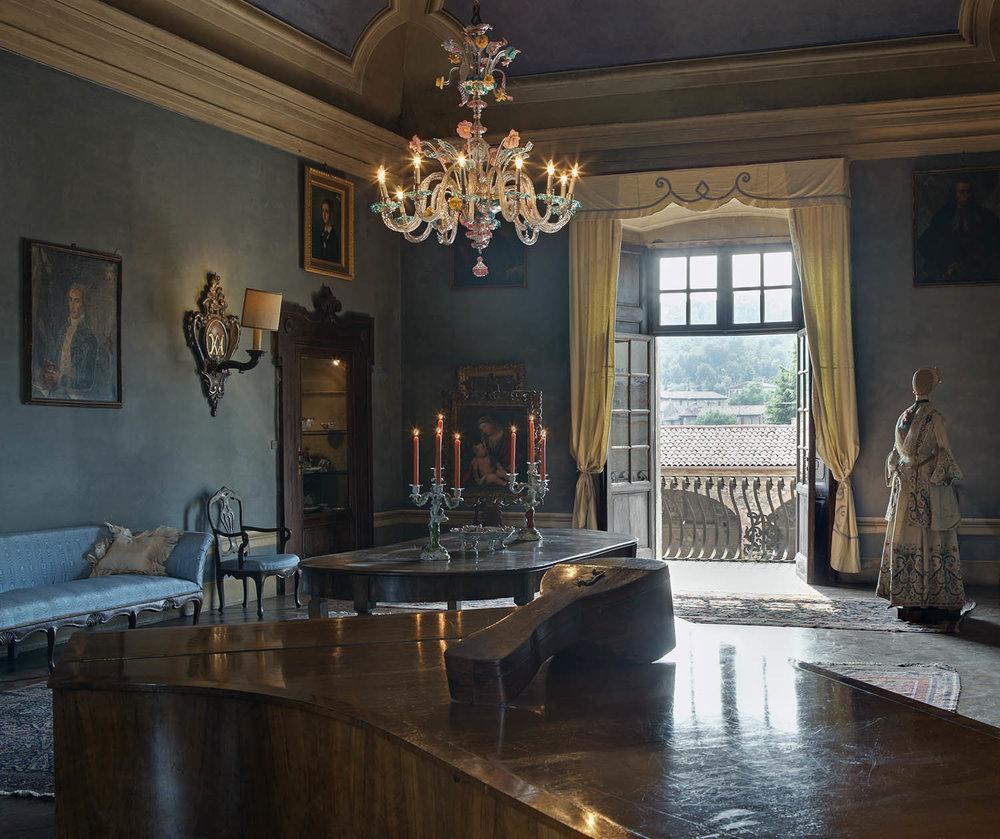 Salon Blue, Palazzo Monti, Nigoline, Italy