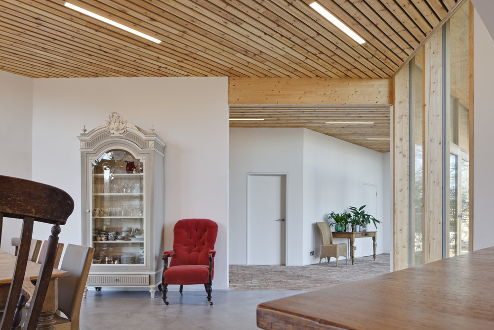 The new extension and barn conversion at Manor Farm, Boars Hill, Oxford, by Transition by Design.