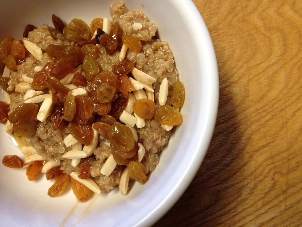 Quinoa Porridge | #eatingforalopecia | ladyinshred.com