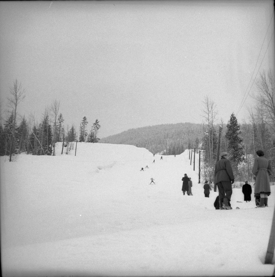 Ski Tow Mt. Revelstoke 1956 [DN-625]