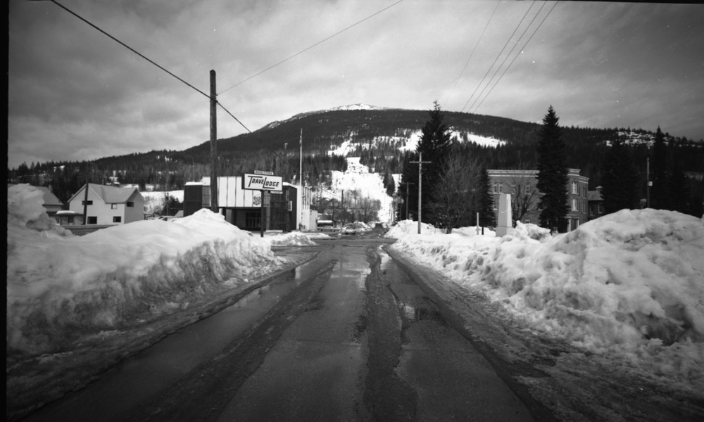 Ski Hill from Second St. [DN-919]