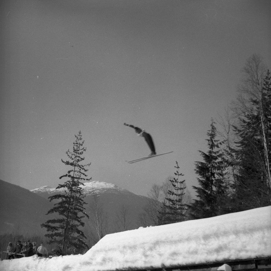 Earl Pletsch Ski Jumping, 1947 [DN-970}