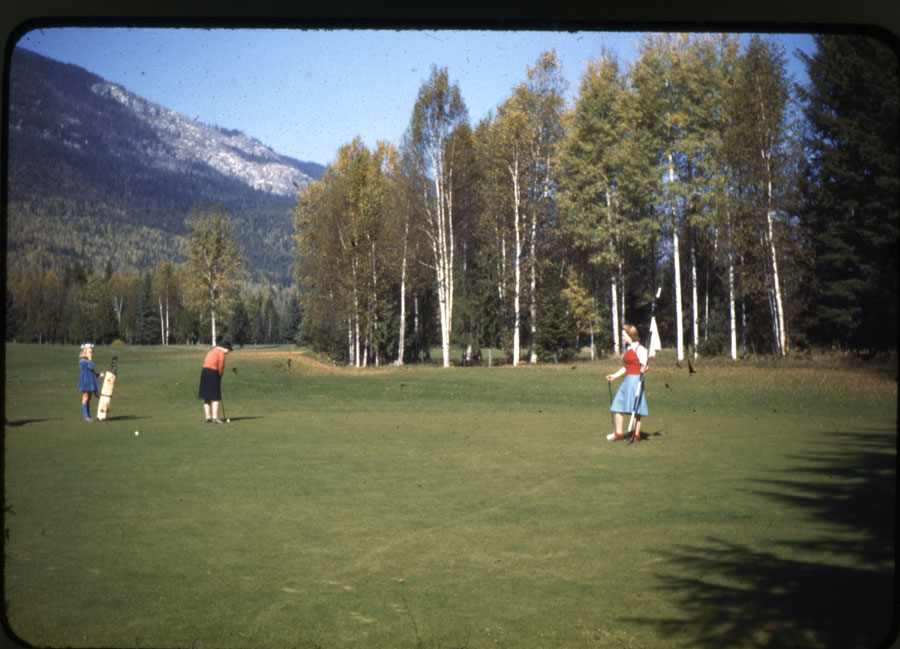 Revelstoke Golf Course 1940s [DC1-8]