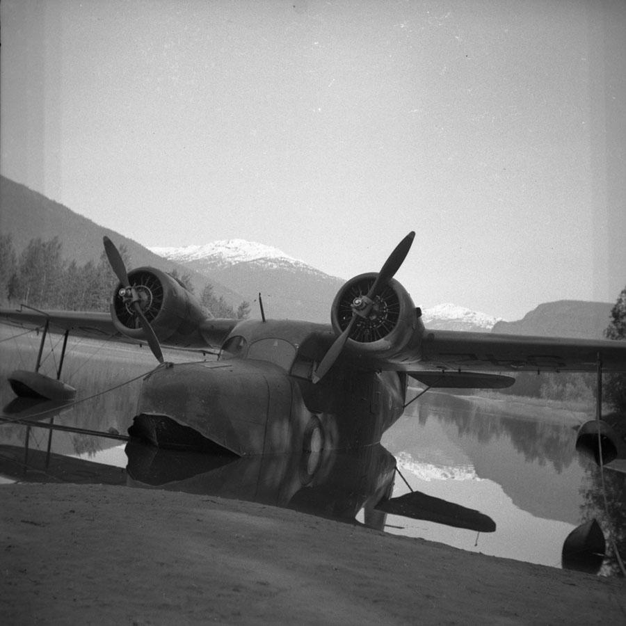Grumman Goose [DN-671]
