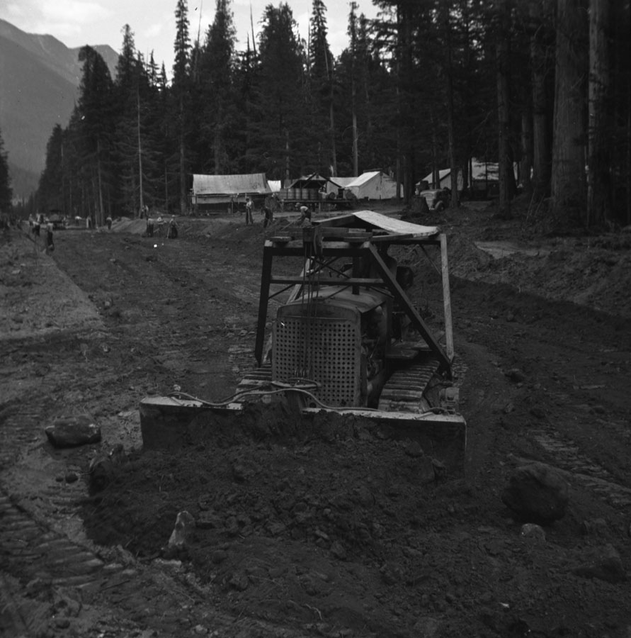 Bulldozer at Birch Creek [DN-472]