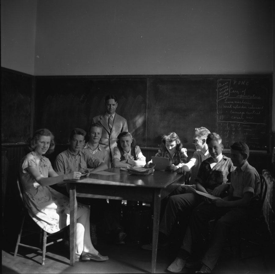 Classroom, Revelstoke High School [DN-203]