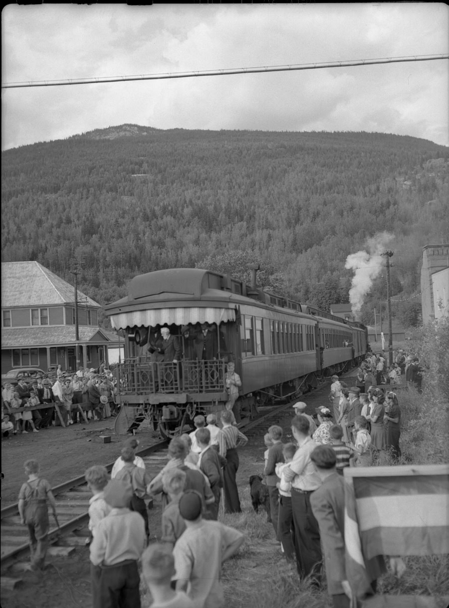 Train, Golden Spike Days [DN-115]
