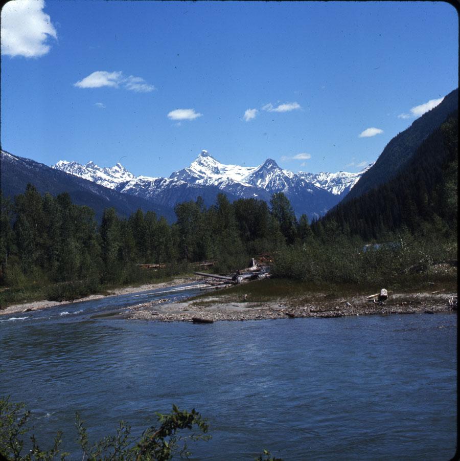 Illecillewaet River [DC2-36]