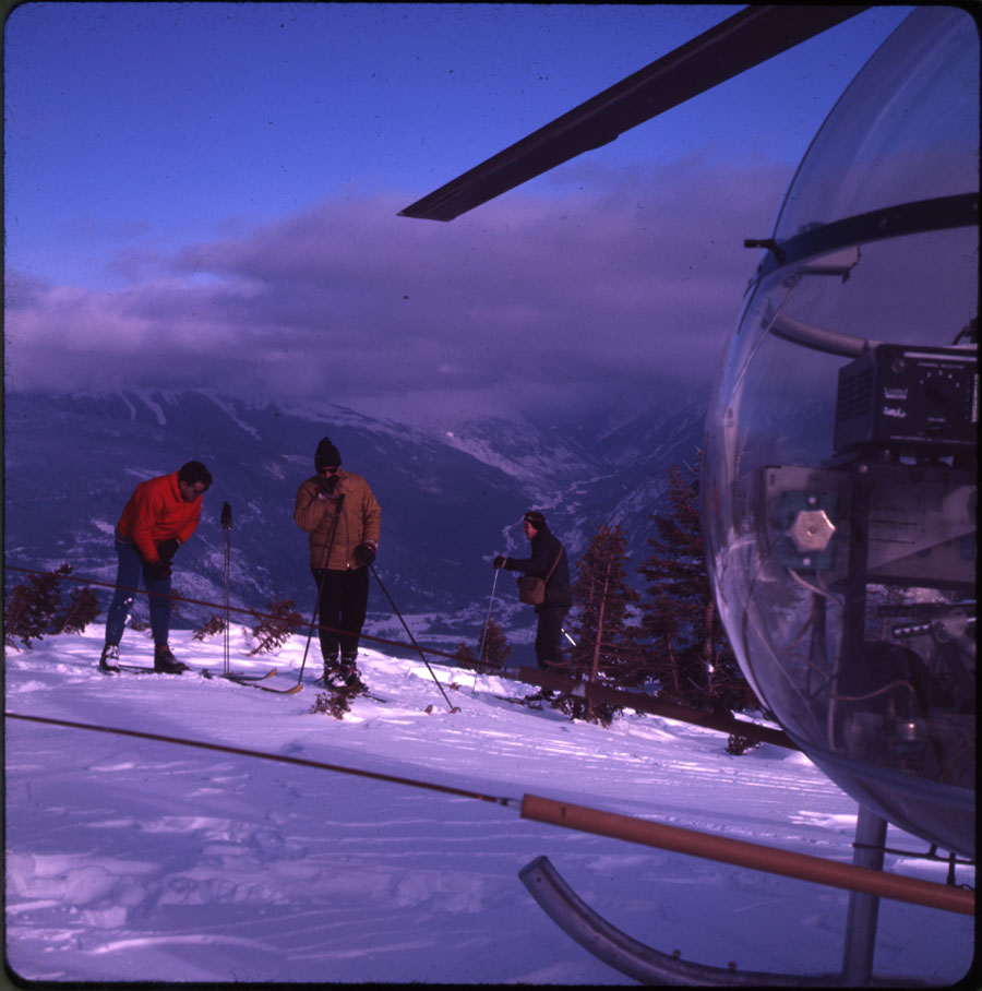 Heli-Skiing on Mt. Mcpherson [DC2-83]