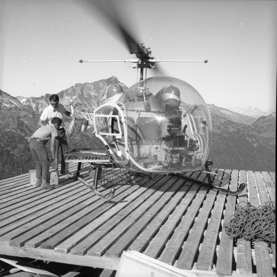 Helicopter at Mine on Mt. Copeland [DN-509]