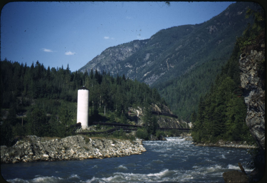 Illecillewat River and Water Tower [DC1-30]