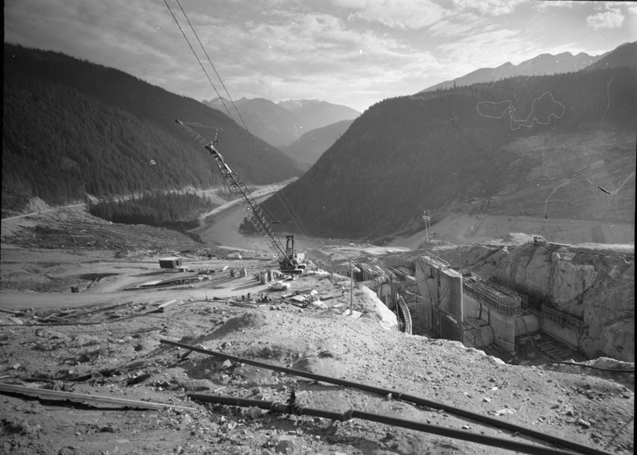 Mica Dam Construction [DN-328]