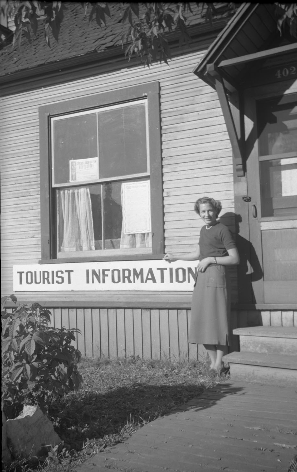 Tourist Information Rankin Insurance Office [DN-564]