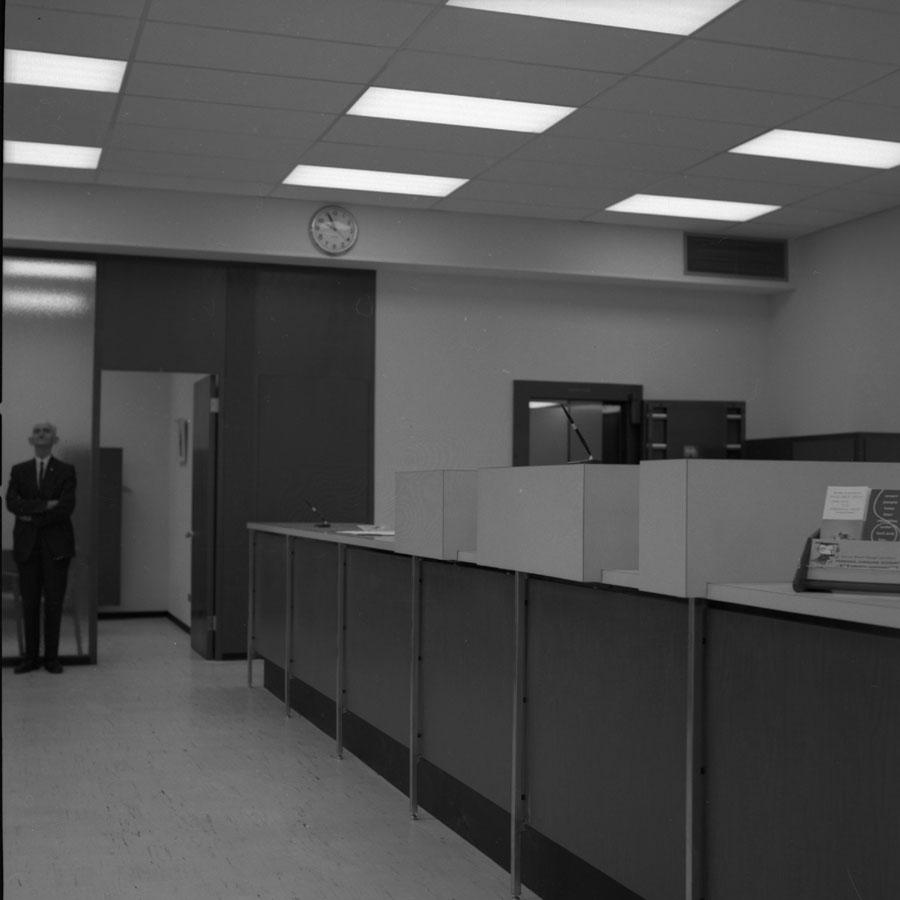 TD Bank Interior [DN-587]