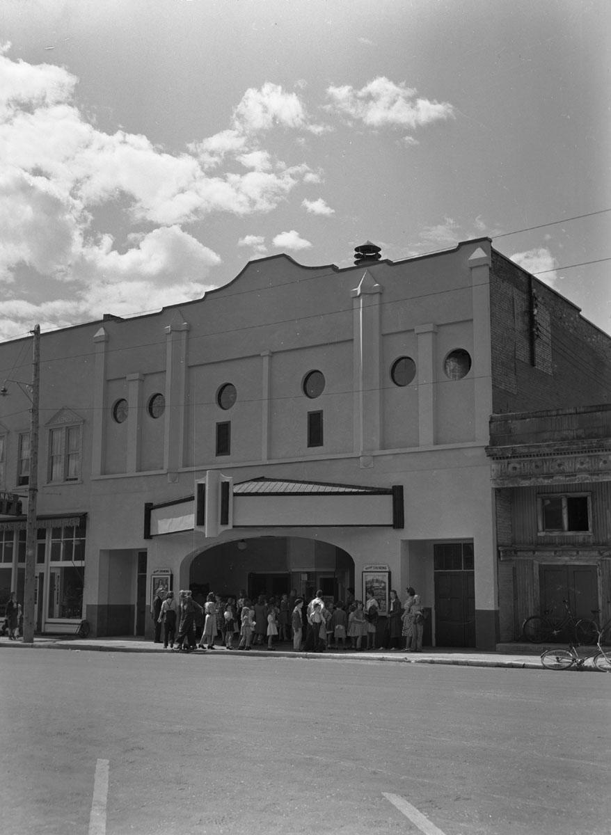Avolie Theatre, 1940 [DN-1000]
