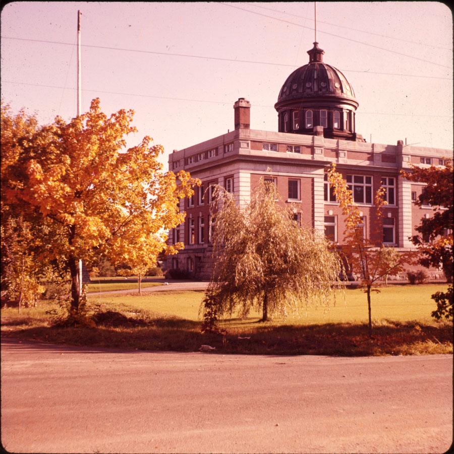 Revelstoke Courthouse [DC2-29]