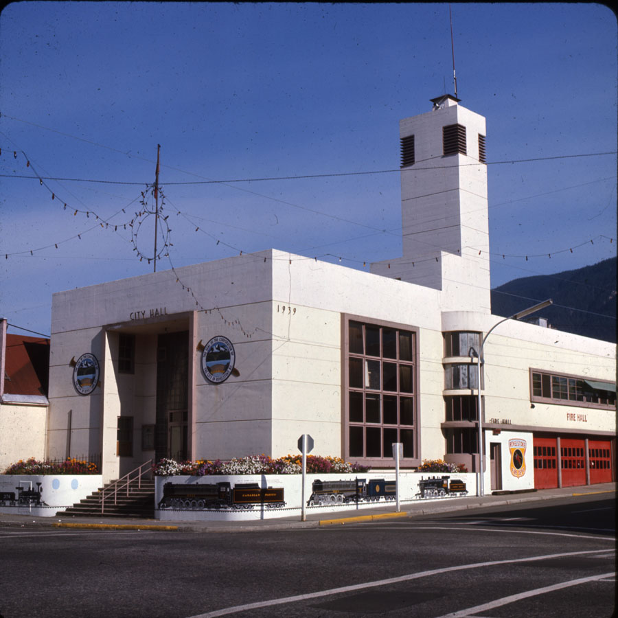 Revelstoke City Hall [DC2-85]