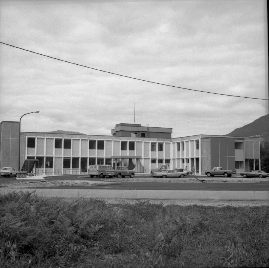 New Queen Victoria Hospital [DN-377]