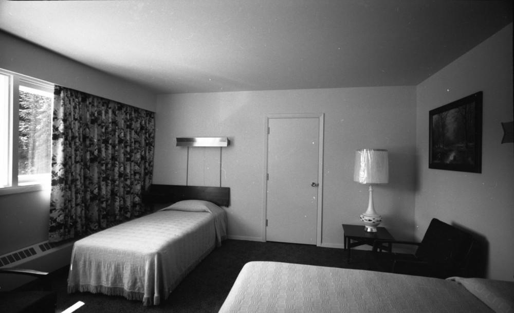 Northlander Motor Hotel [DN-553]