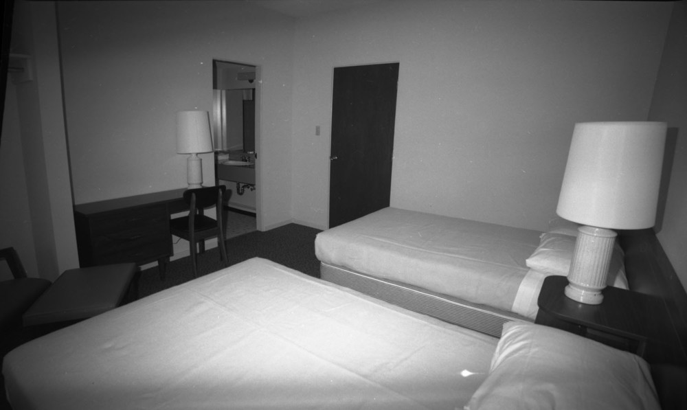 Revelstoke Hotel [DN-562]