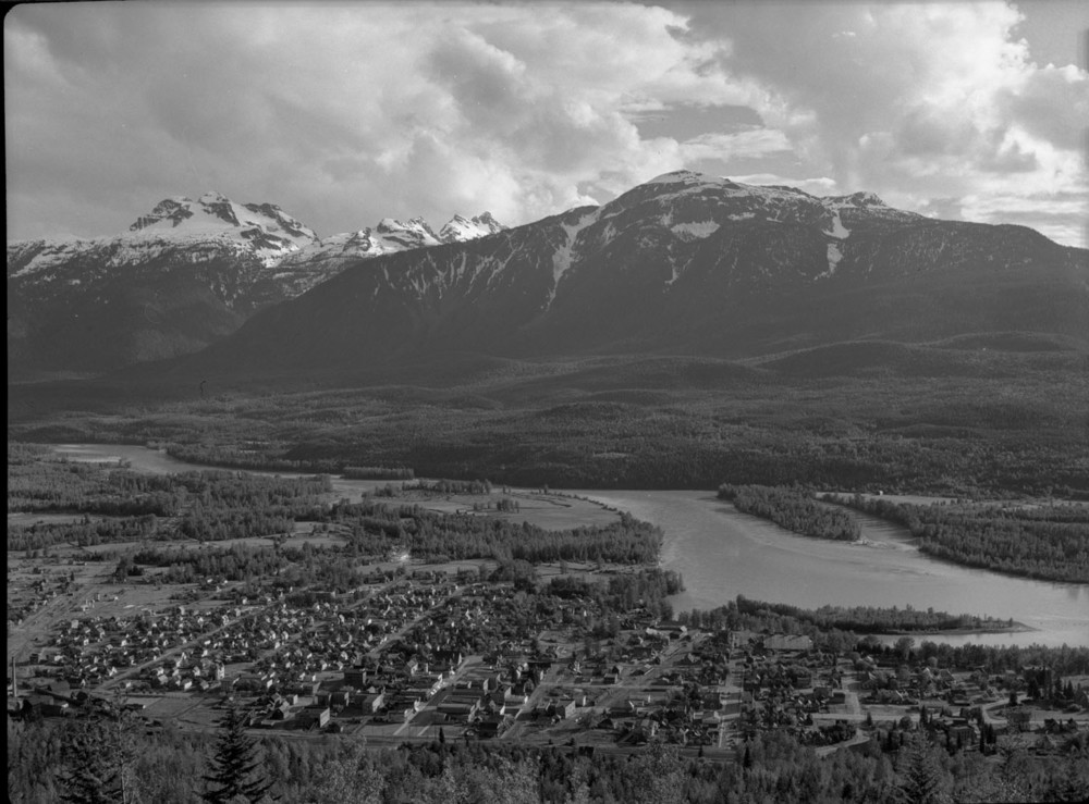 Panorama of Revelstoke [DN-67]
