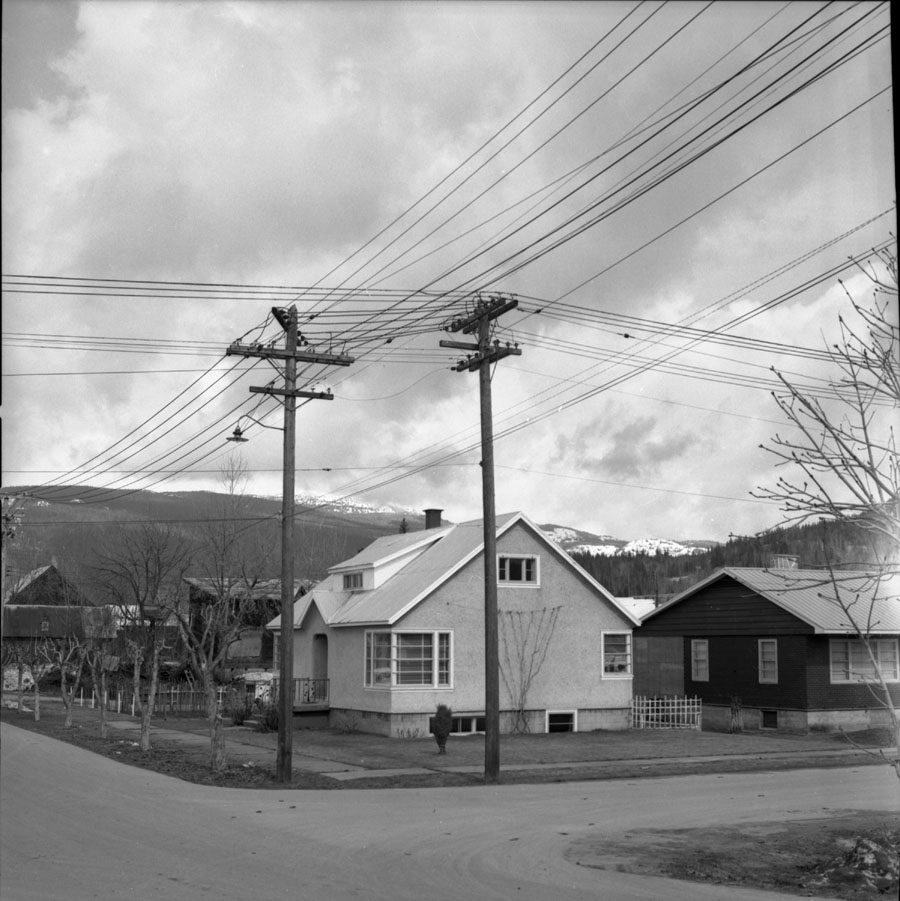 Corner of Fourth Street and Connaught [DN-243]