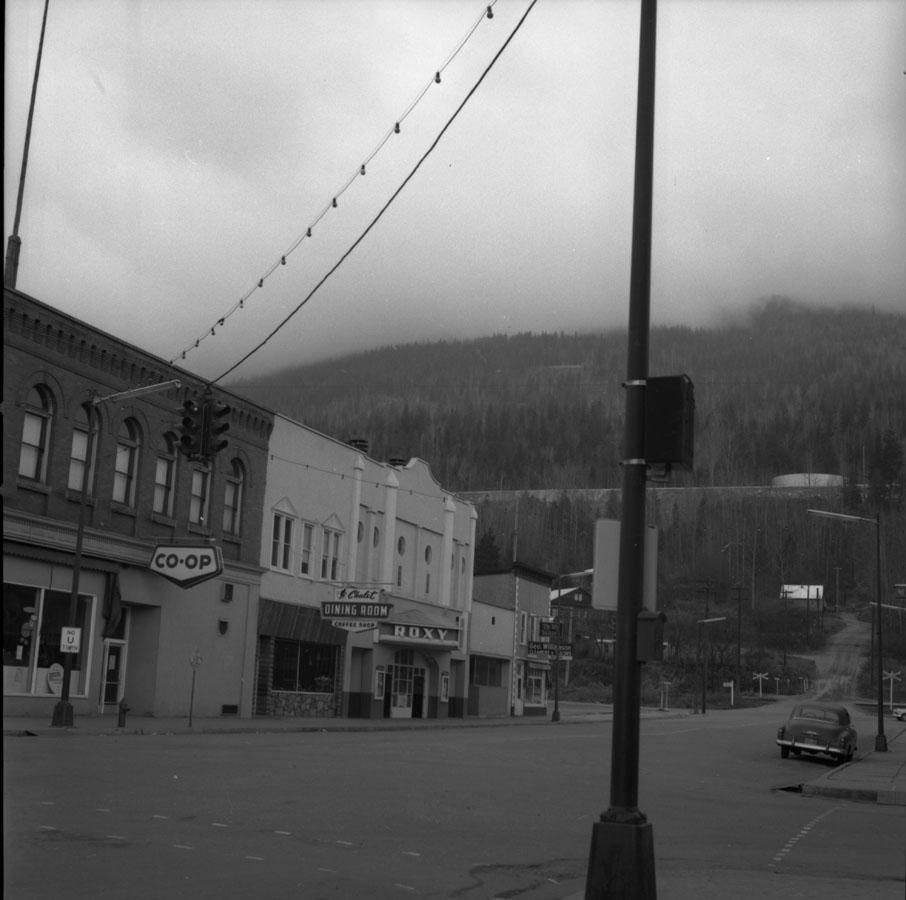 Mackenzie Avenue [DN-380]