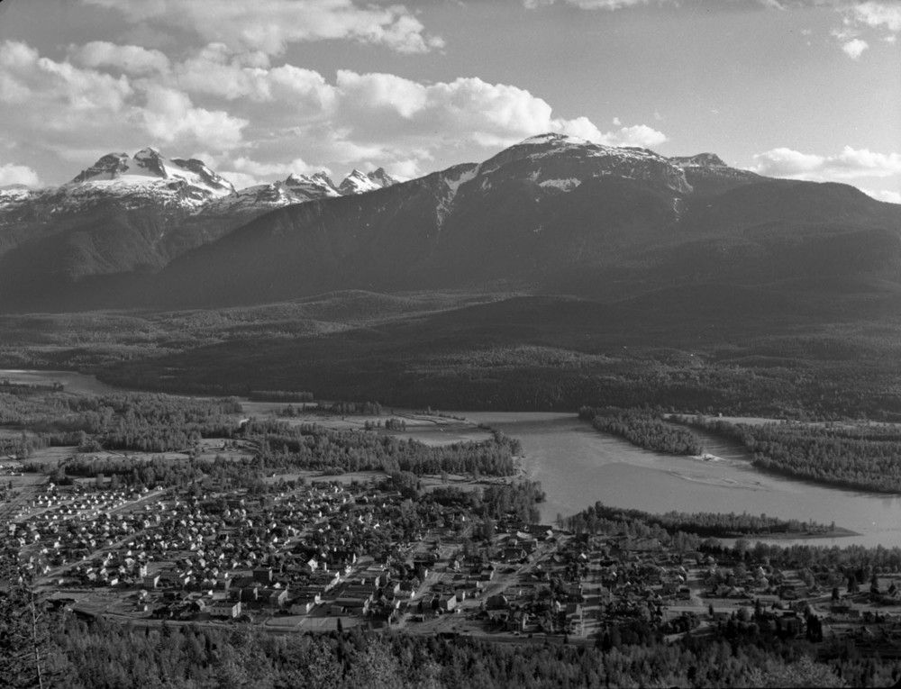 Panorama of Revelstoke, 1949 [DN-468]