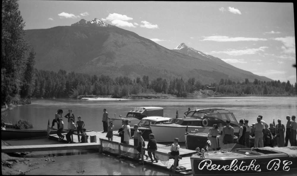 Pleasure Boats at Pier in Revelstoke [DN-90]