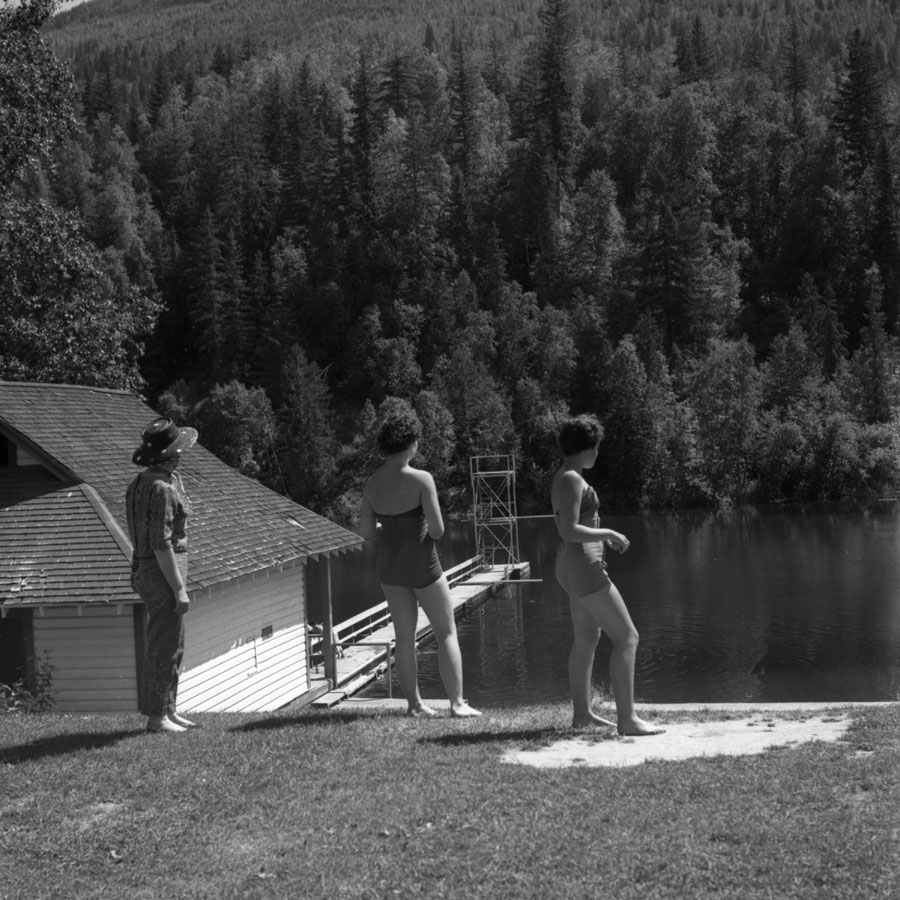 Williamson's Lake, 1942 [DN-920]